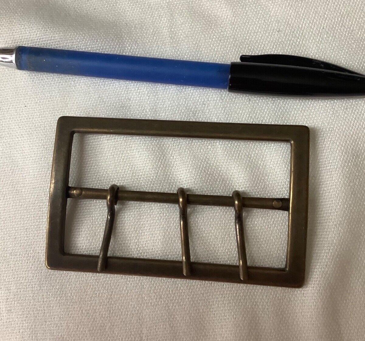 new 58mm x 95mm brass metal belt buckle 3-prong