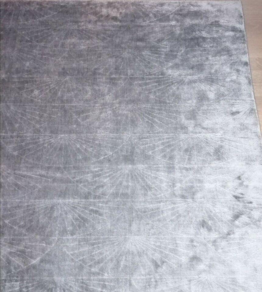 Gulvtæppe, ægte tæppe, Viskose