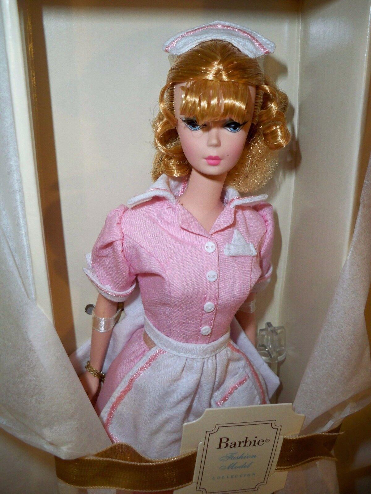 Barbie Moda Modelo Colección muñeca Barbie Silkstone la camarera en Caja Original (leer)
