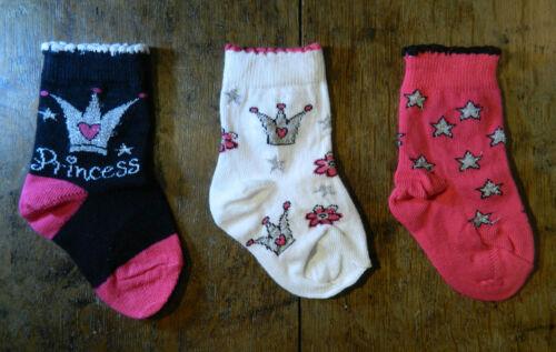 3 PAIRS GIRLS PRINCESS THEMED SOCKS UK SIZE 0-2.5 EUR 16-18