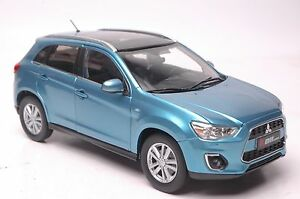 Mitsubishi-Pajero-ASX-2015-SUV-model-in-scale-1-18-blue