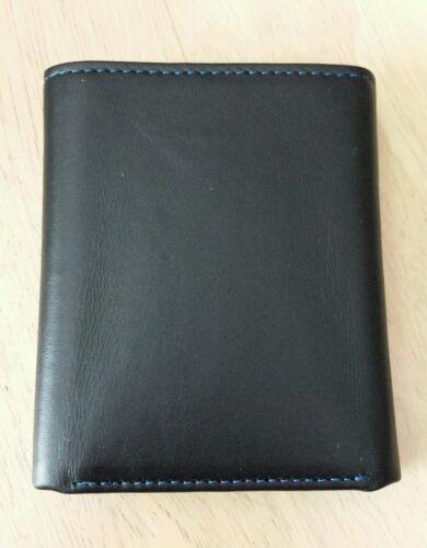 "Color  Black $78.00 NWT Robert Graham /""KLEIN/""  Tri-Fold Wallet"