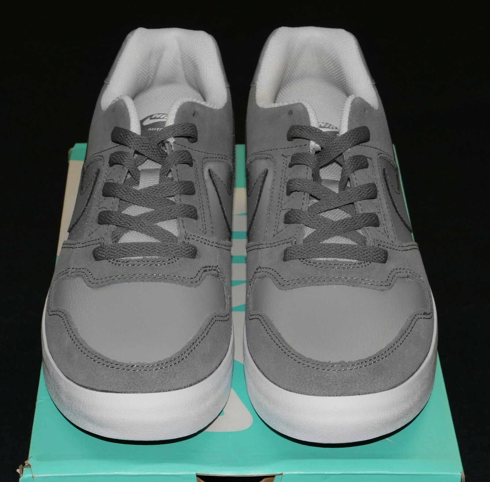 neue nike vulc männer sb delta force vulc nike skate - schuhe in größe 10 grau / weiß fe5100