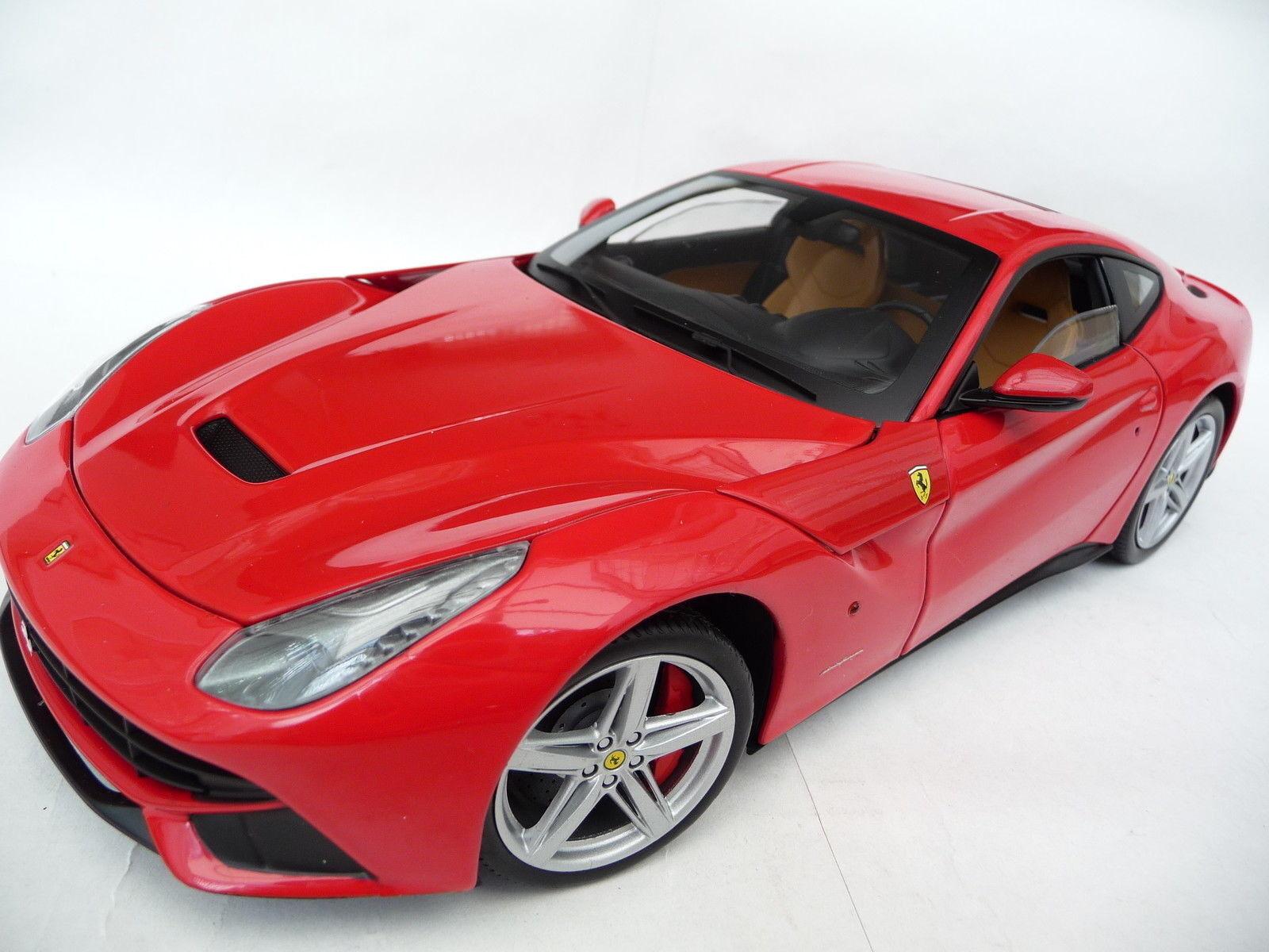 1 18 Mattel Hot Wheels Ferrari F12 Berlinetta Red  Bcj72