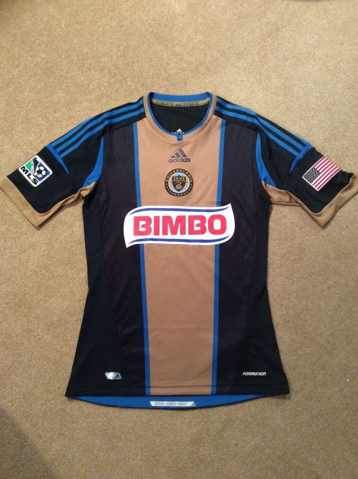 798cf6b6d0a Philadelphia Union Football shirt - Brand - small New npafvn7858-US ...