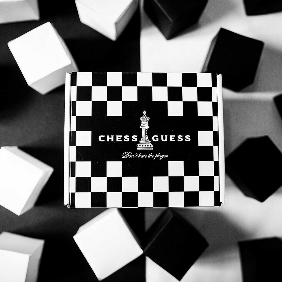 Chess Guess by Chris Ramsay-Ellusionist (tour de magie)