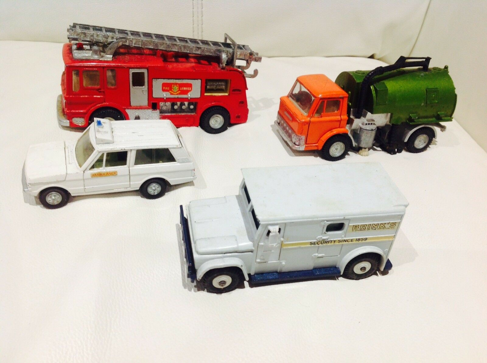 Dinky Toys diecast coches vintage