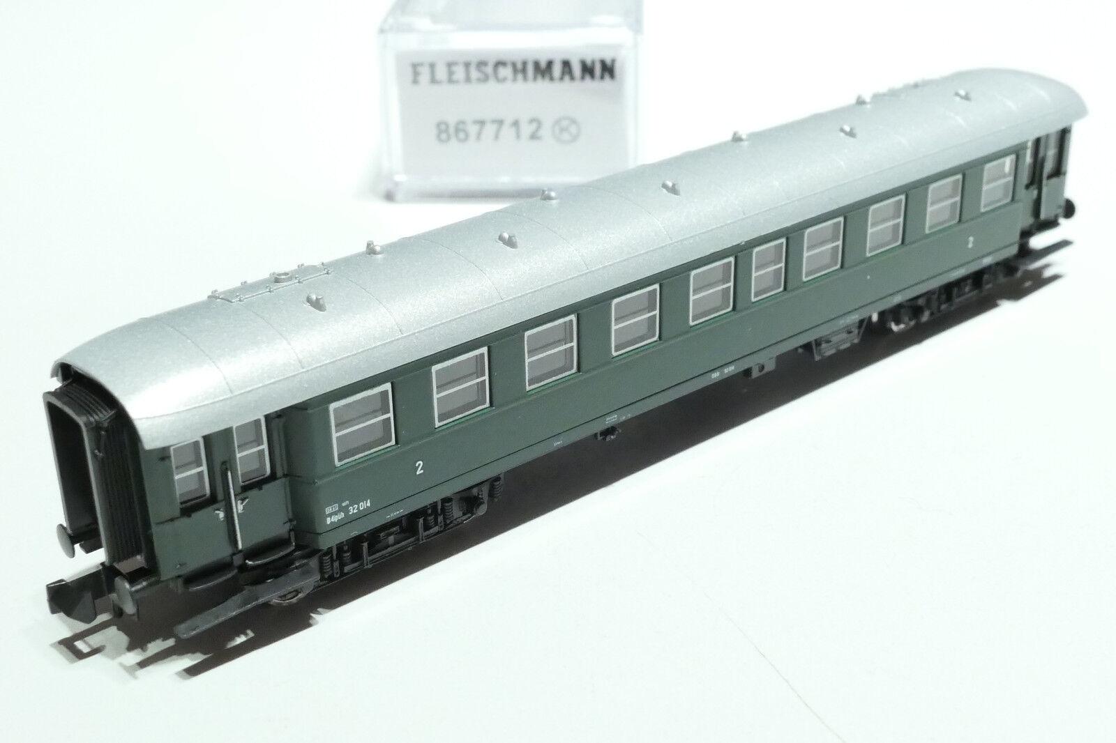 Fleischmann N ÖBB 4 achsiger 2. Klasse Personenwagen grün 867712 OVP  NEU  | Won hoch geschätzt und weithin vertraut im in- und Ausland vertraut