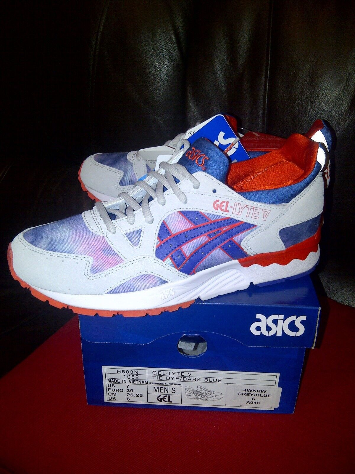 Deadstock...Asics gel lyte 4 ..  old school  unisex trainers size 6 uk -- eur 39