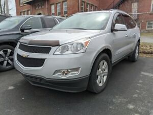 2012 Chevrolet Traverse 7 PASSENGER, CLEAN INTERIOR, HEATED SEATS!