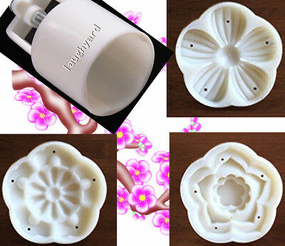 Generous New 50g 3d Plum Blossom Pattem Moon Cake Mold 1 Barrel 3 Stamp Diy Baking Tool Kitchenware
