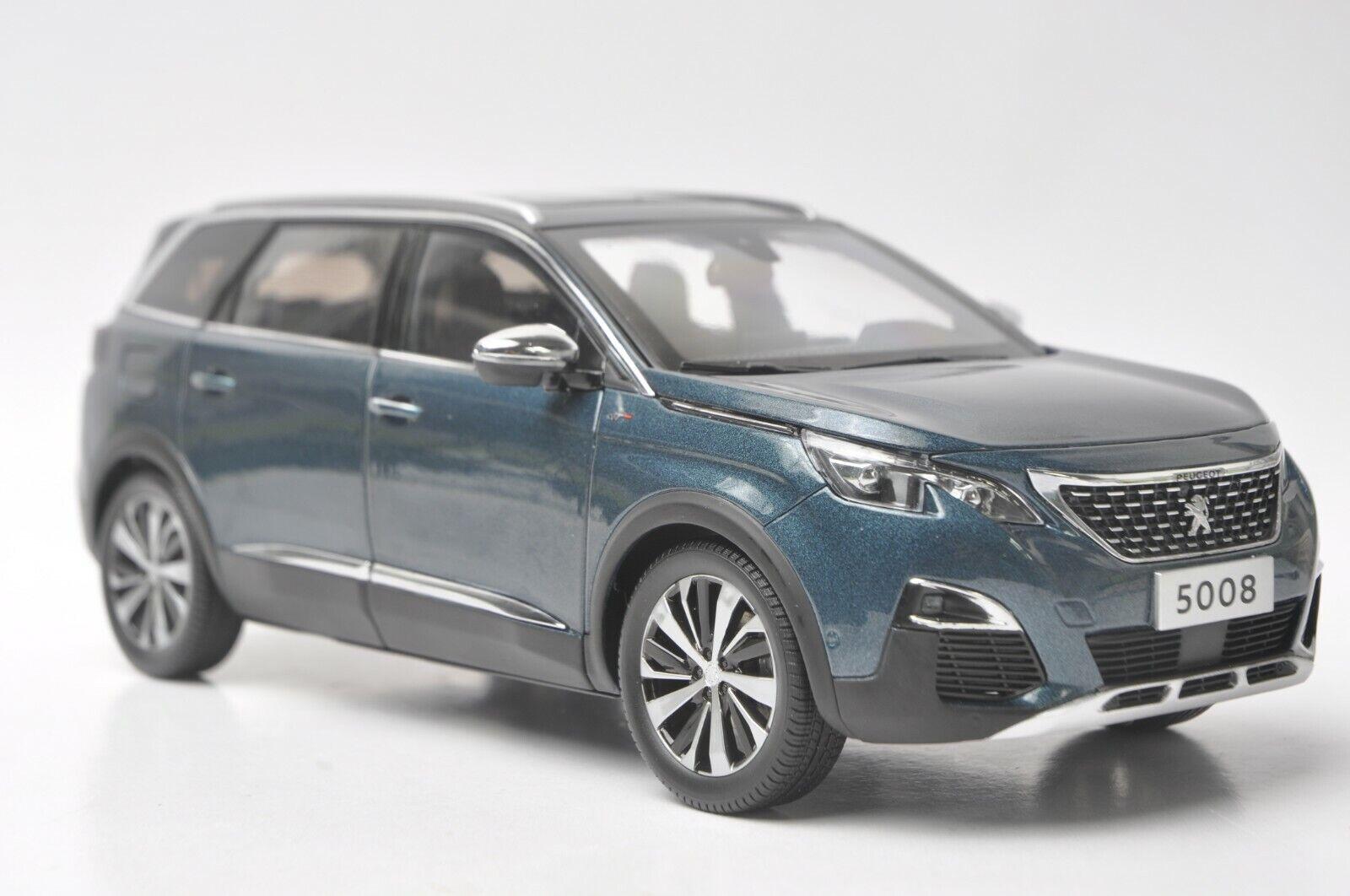 Peugeot 5008 car model in scale 1 18 bluee