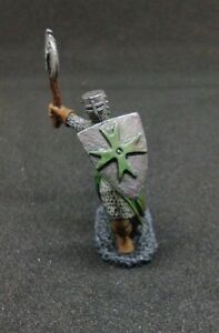 PAINTED-Reaper-Miniature-Knight-Fighter-Guard
