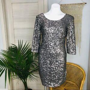 Lauren-Conrad-Women-039-s-Sequin-Quarter-Sleeve-Bodycon-Silver-Dress-Size-Small