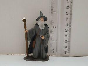 2001-le-seigneur-des-anneaux-Gandalf-gris-3-034-Figure-fantasy-Sorcier-expedition-rapide