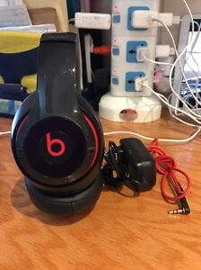 Beats-by-Dr-Dre-Studio-2-Wired-Headphones-Black-Good-Condition