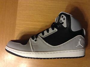 the latest 0e697 ed563 ... Homme-Garcon-039-s-Nike-Jordan-1-Flight-