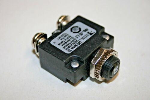100-427 20A@12-32VDC//120-240VAC Circuit Breaker