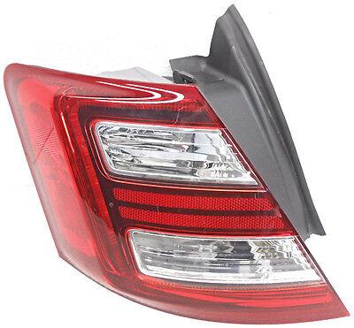 OEM Ford Taurus Left Driver Side LED Quarter Panel Tail Lamp Lens Crack