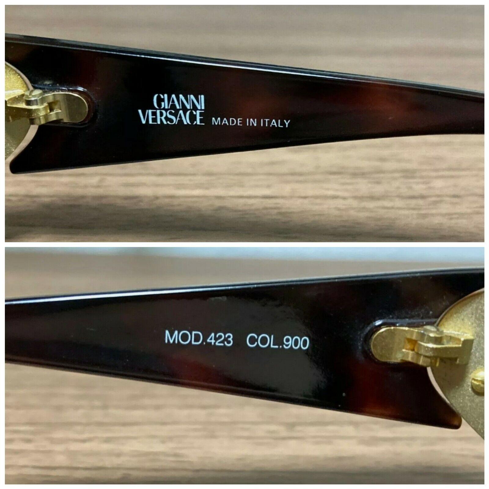Gianni Versace Vintage Sunglasses Mod 423 - image 4