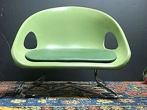 Vintage-MCM-COSCO-Household-Products-USA-Avocado-Fiberglass-Chrome-Booster-Chair