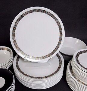 1-Royal-Tuscan-Cascade-10-1-2-034-Dinner-Plate-Bone-China-England