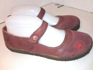 OTBT-Corona-Red-Leather-Mary-Janes-Womens-Size-7-M