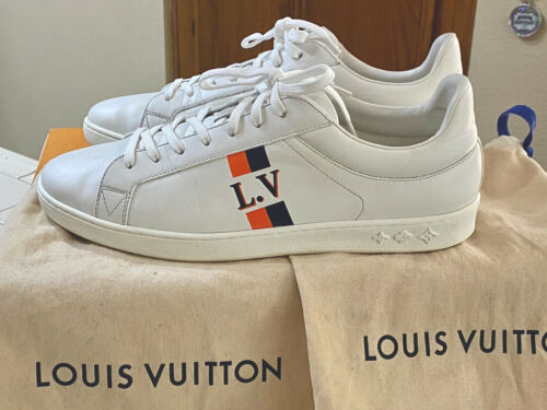 Louis Vuitton Luxembourg Sneakers LV size 9 - US M