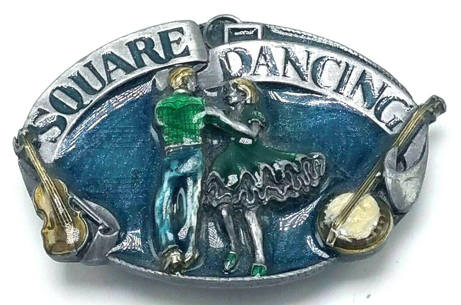 1985 Siskiyou Gürtelschnalle Zinn & Emaille Quadrat Tanzende Tänzer Banjo EUC