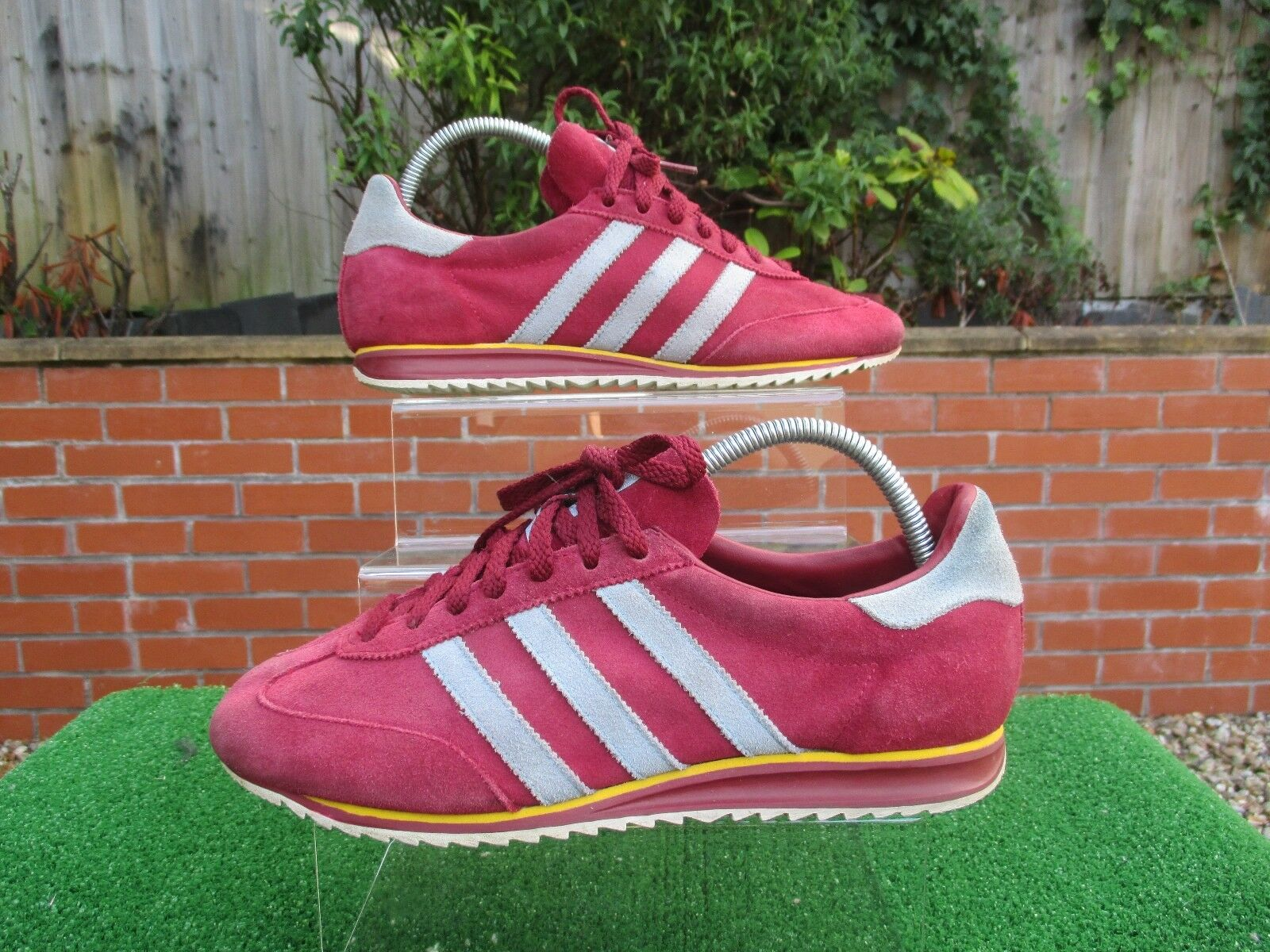 VINTAGE 2018 JEANS WEST HAM BURNLEY Hommes TRAINERS SIZE 7