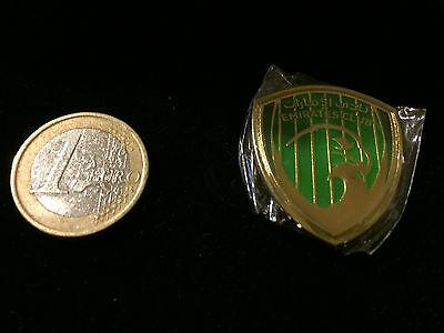 Aggressiv Emirates Club Metall Emblem Gold Grün Fussball Verein Magnet Pin Extrem Rar