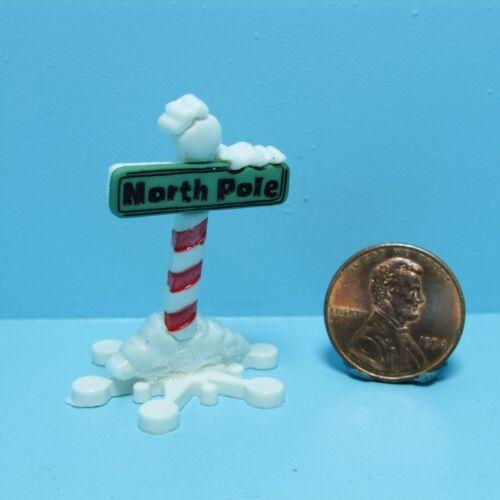 Dollhouse Miniature Winter North Pole Sign ~ CAR1815