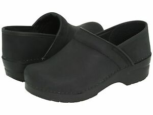 Women-039-s-Dansko-Professional-Clogs-Black-Oiled-Leather