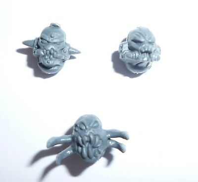 G1308 Chaos Space Marine Possessed Shoulder Pads x 2 D