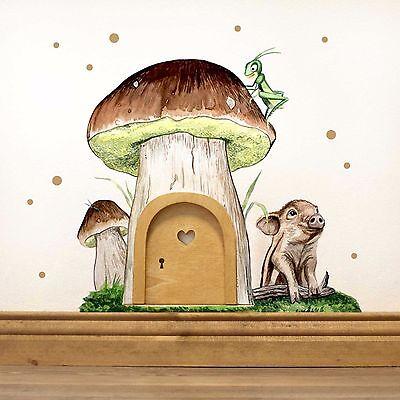 Elfentür Wichteltür Feentür Kobloldür mit Wandtattoo Pilz und Schweinchen e09