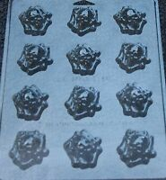 Skull Crossbones Bites Chocolate Candy Mold Halloween Treats Cupcake Topper