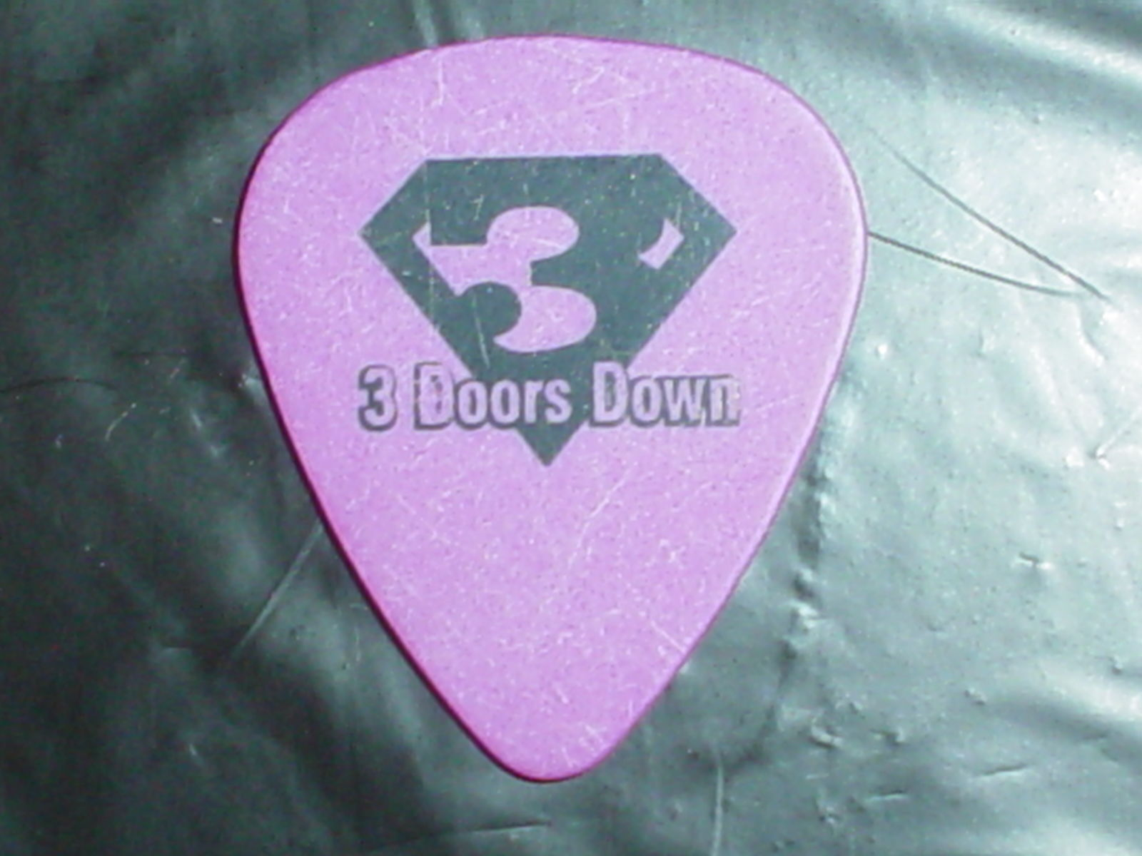 THREE DOORS DOWN Logo Matt Roberts Signature Tour GUITAR PICK Kryptonite  1