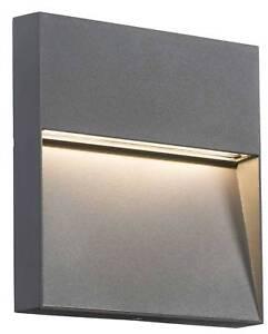 Knightsbridge-LED-de-pared-Guia-GRIS-CLARO-2w-exterior-bano-Escalera-PEDESTAL