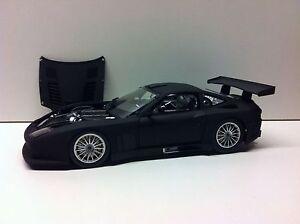 Nuevo-1-18-Kyosho-Ferrari-575-GTC-2004-Negro