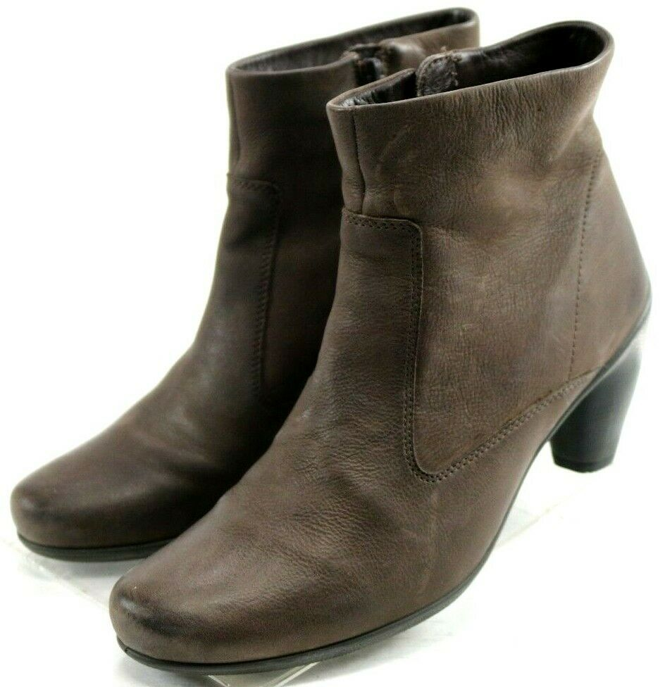 ECCO Sculptured 65 Booties  Women's Ankle Boots Size US 10-10.5 Brown