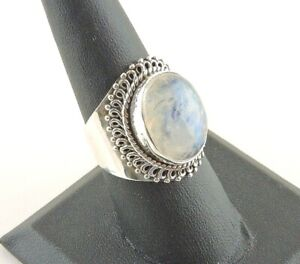 Sterling-Silver-8-ct-Oval-Moonstone-Tapered-Wide-Band-Ring