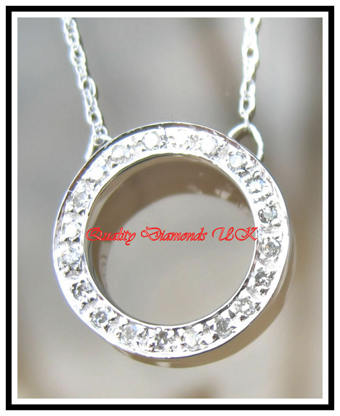 BEAUTIFUL DIAMOND CIRCLE PENDANT WHITE gold SPARKLING