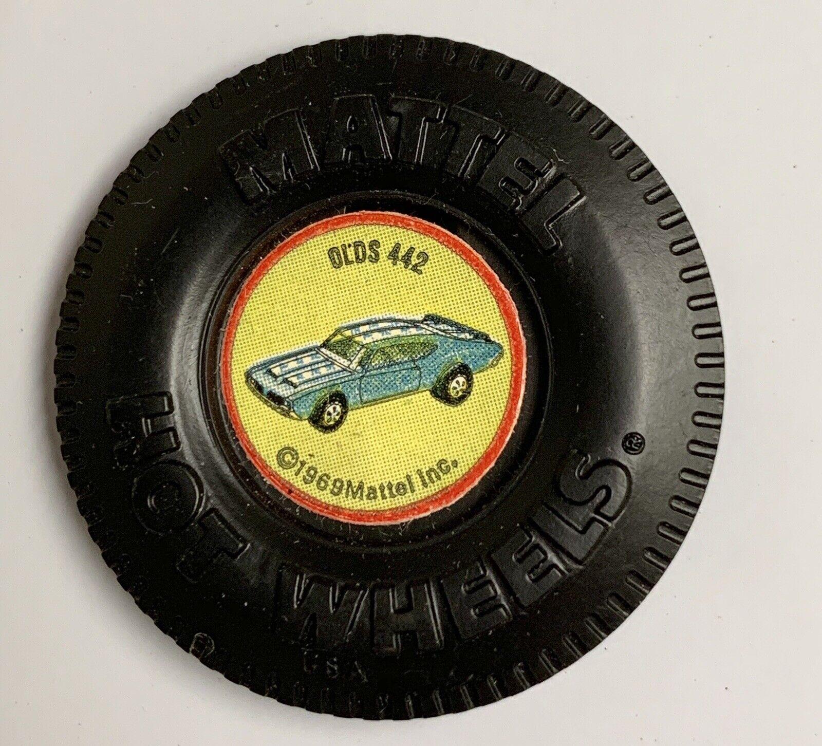 heta hjul rödline Plastic Olds 442 Original Button w   Tab