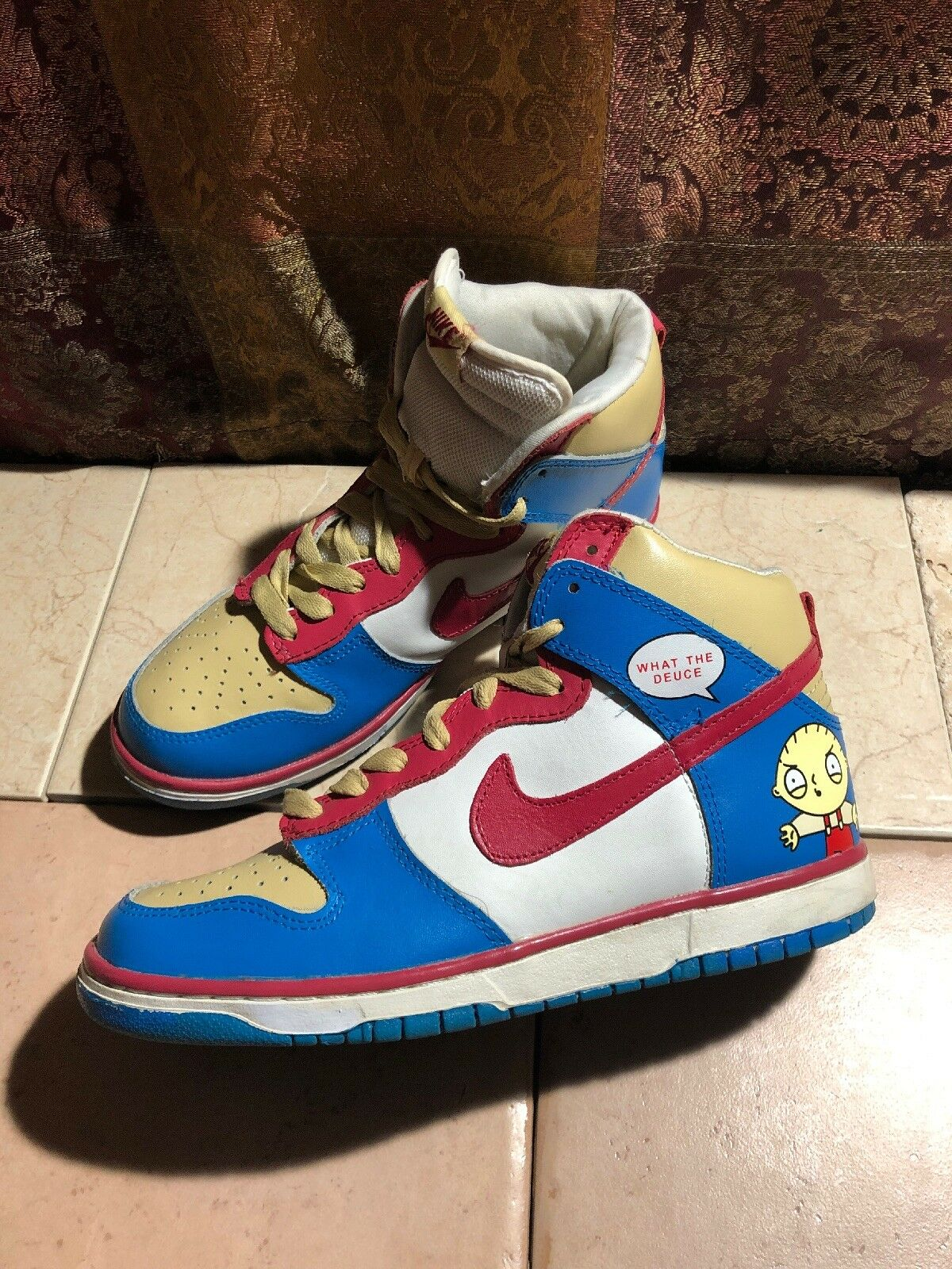 Nike Men's Dunk High What The Deuce Family Guy Stewie Sneakers Size 8.5 US
