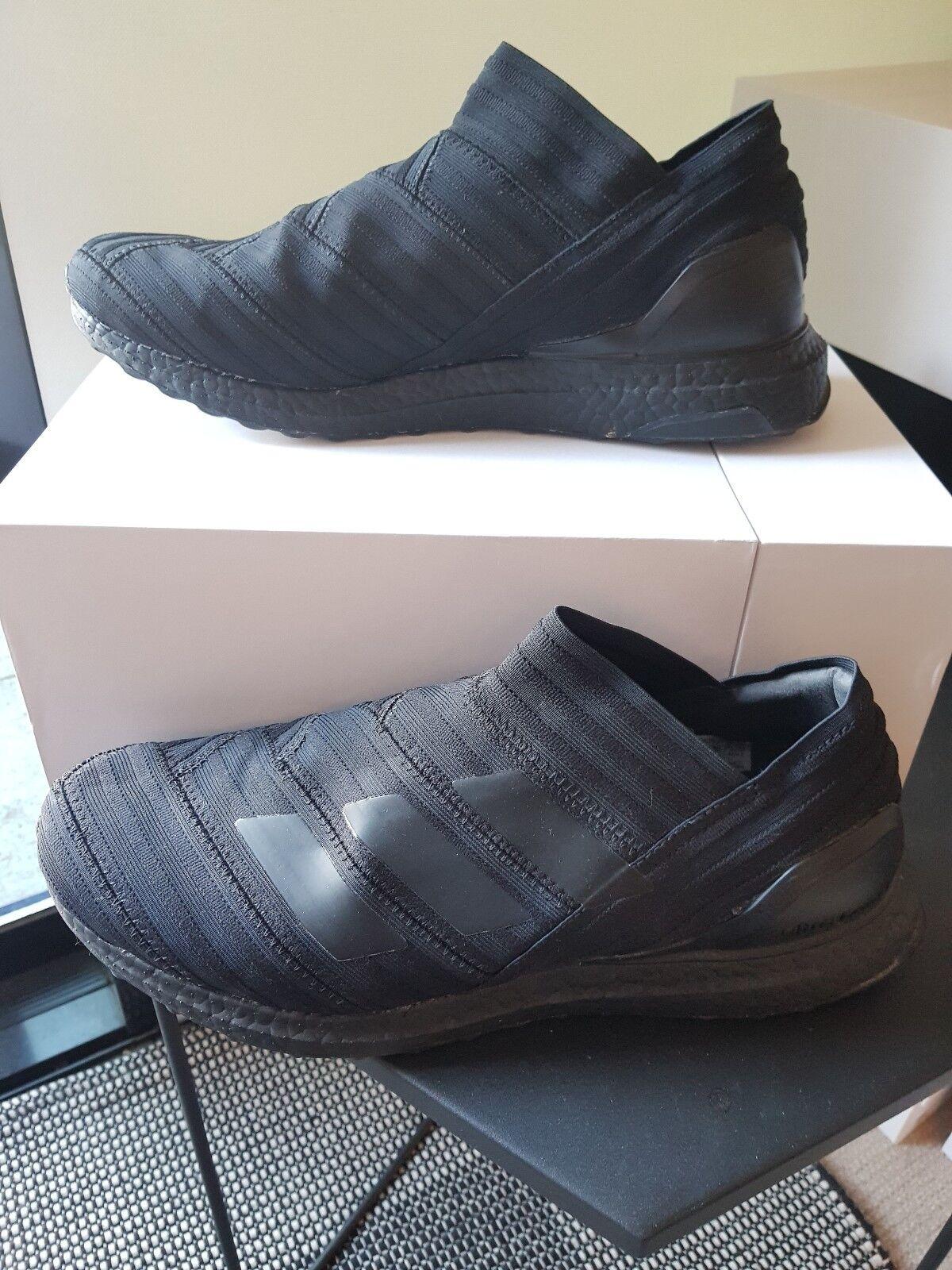 Adidas Nemeziz Tango 17+ Ultra Boost, Triple nero, 11.5US, Near New