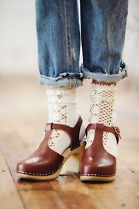 NEW-Swedish-Hasbeens-Free-People-T-Strap-Sky-High-Cindy-clogs-brown-size-36