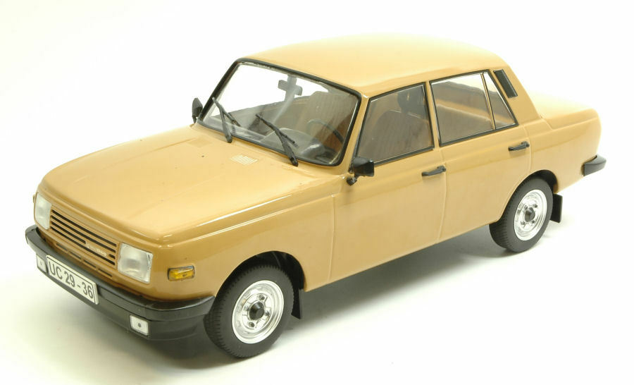 Wartburg 353 1966 Light marron 1 18 MODEL modelcargroup