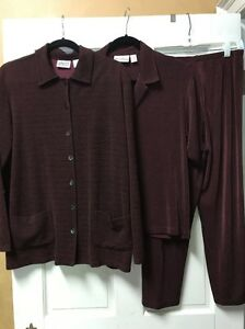 Chico's Traveler's 3pc Jacket, Top And Pants, Size 1