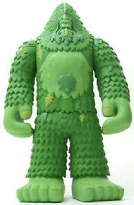 "Bigfoot One Green Edition 13"" Vinyl Figure Limited to 450 pcs MINT in box!"