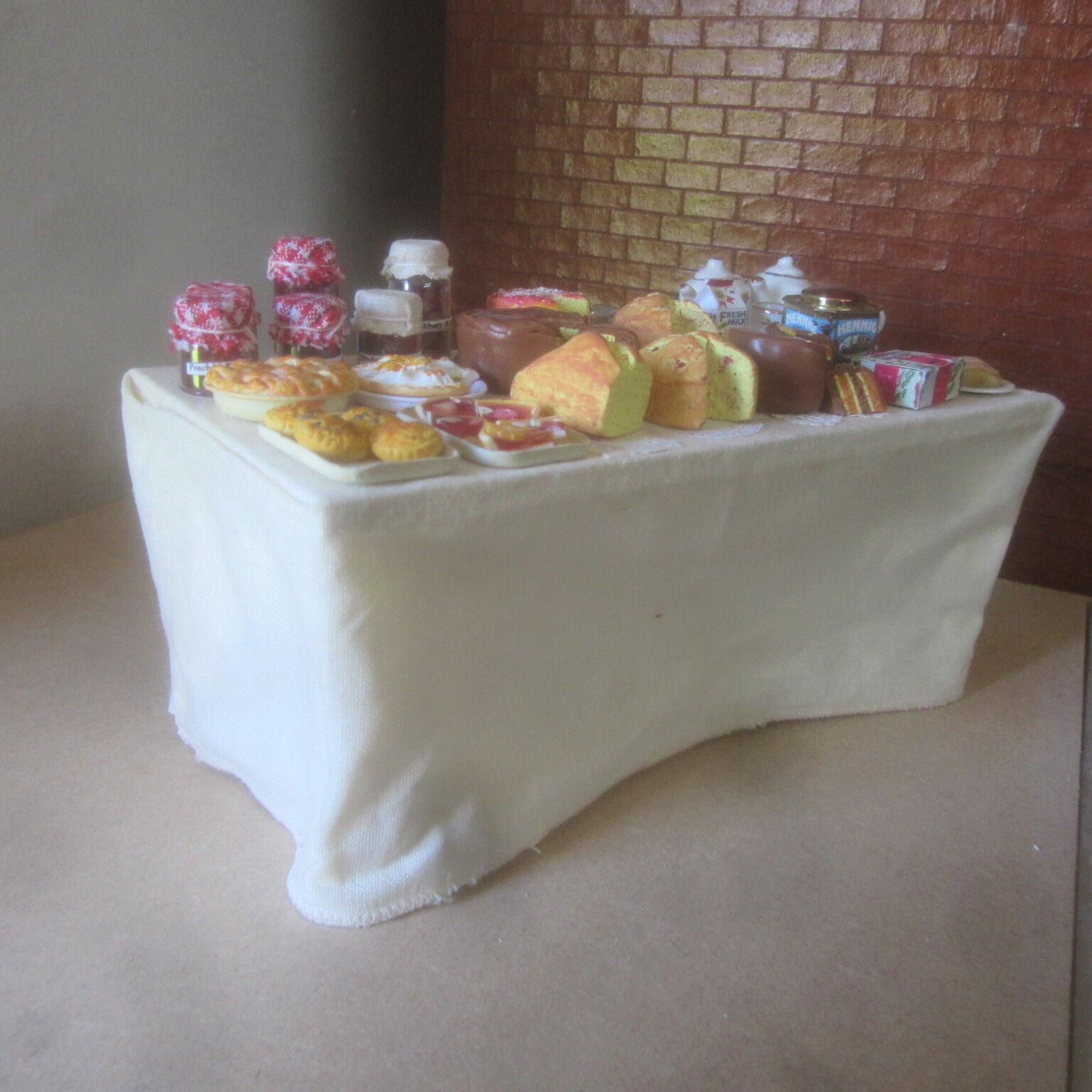 Dolls Dolls Dolls House Food   Display on  Large Kitchen Table Weiß Cloth to floor  BM307 228aff
